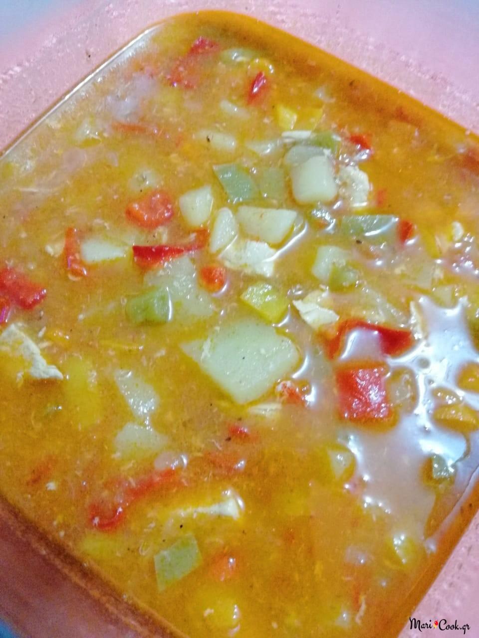 Σούπα Κοτόπουλο Με Λαχανικά